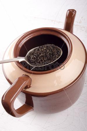 Заварка в чайнике