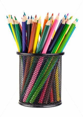 Цветные карандаши в черной подставке