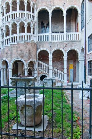 Фотография на тему Венеция, Италия, Контарини дель Боволо