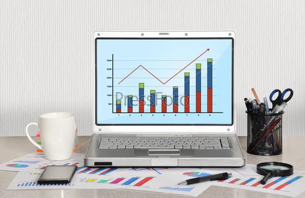Ноутбук с диаграммой