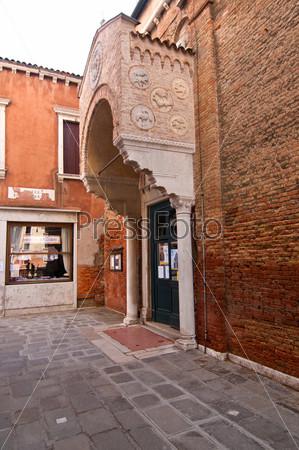 Венеция. Италия. Церковь Кармини