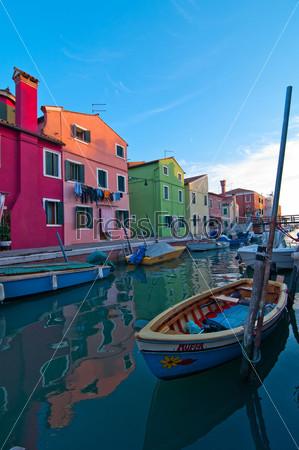 Фотография на тему Остров Бурано в Венеции, Италия
