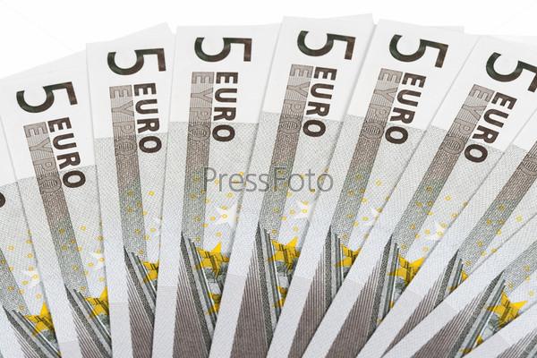Банкноты достоинством пять евро