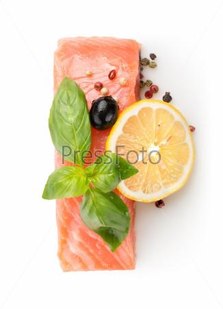 Филе лосося с лимоном и оливковым