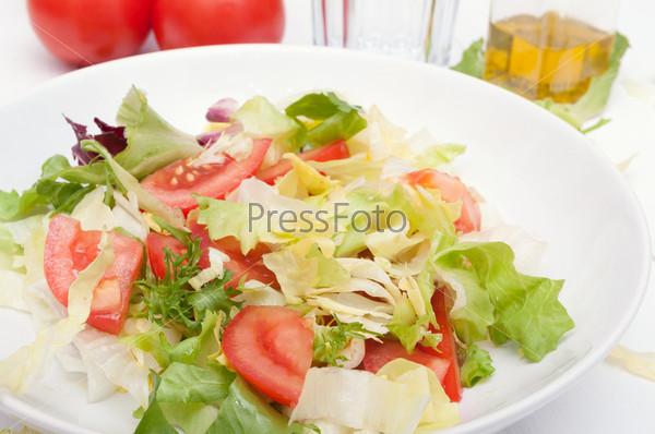 Фотография на тему Салат из свежих овощей