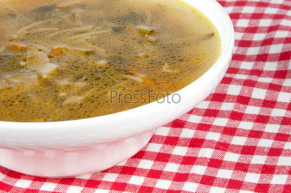 Фотография на тему Грибной суп в тарелке