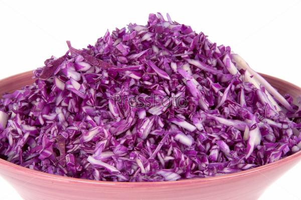 Фотография на тему Салат из красной капусты в тарелке