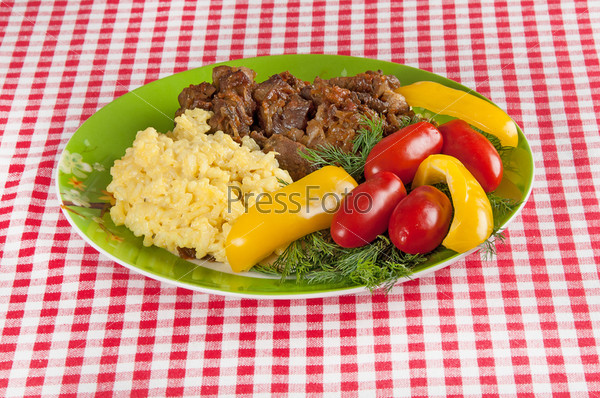 Фотография на тему Рис и тушеная баранина с овощами