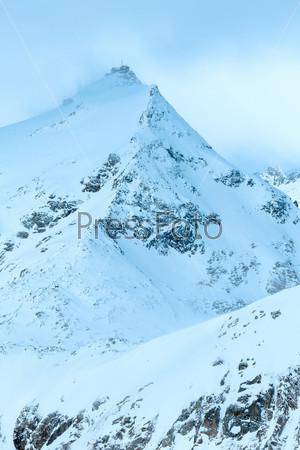 Зимний горный утренний пейзаж, Австрия