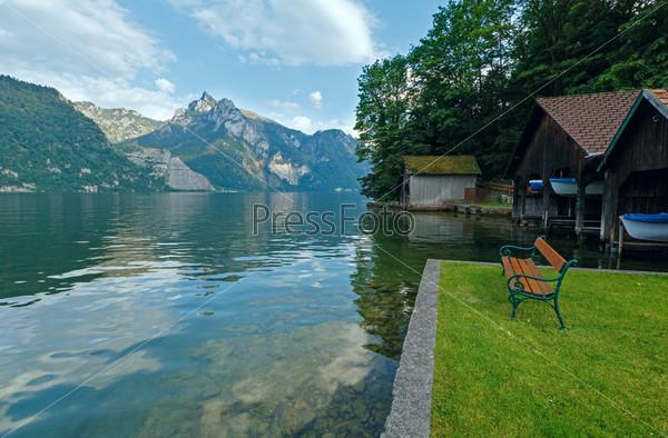 Летнее озеро Траунзее. Австрия