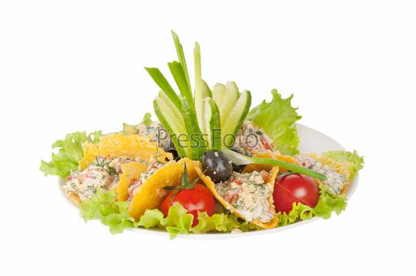 Фотография на тему Овощной салат в сырных чипсах