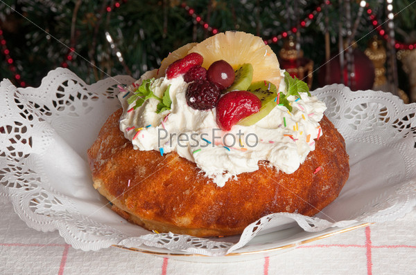 Бисквитный торт и Новогодняя елка