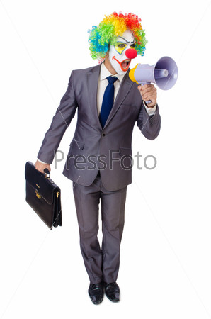 Бизнесмен клоун с громкоговорителем на белом фоне