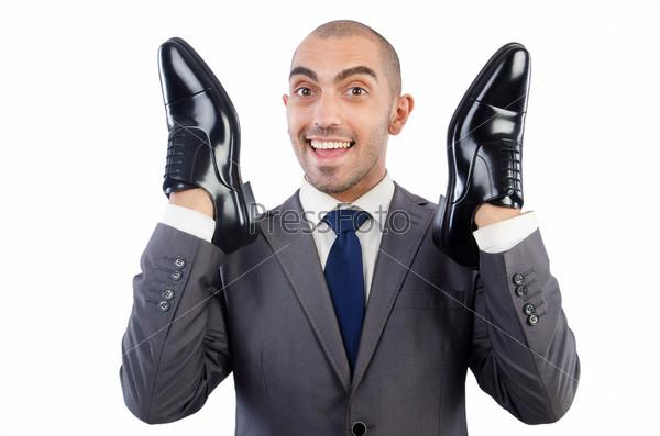 Мужчина с выбором обуви