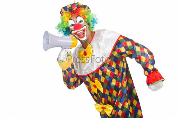 Клоун с громкоговорителем на белом фоне