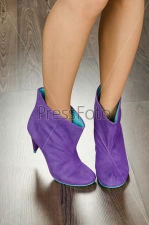 Фотография на тему Модная женская обувь в офисе