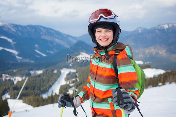 Фотография на тему Девушка на лыжах