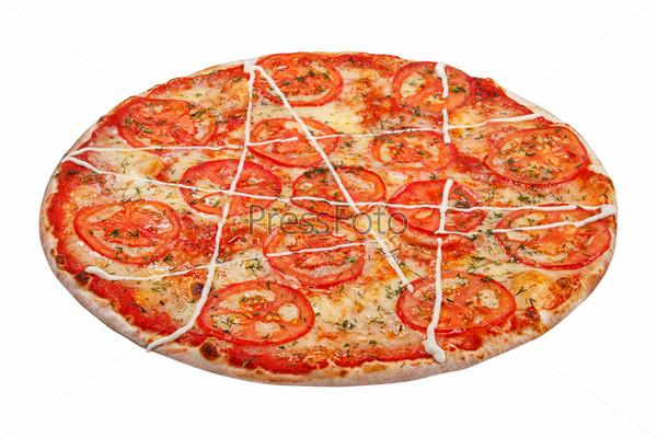 Пицца, изолированная на белом фоне
