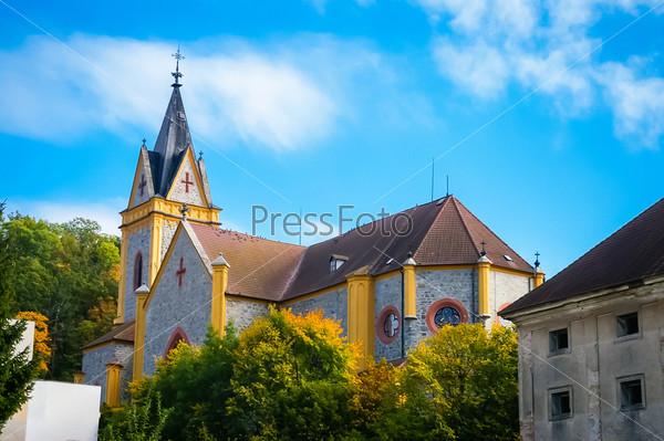Церковь в городе Глубока-над-Влтавой