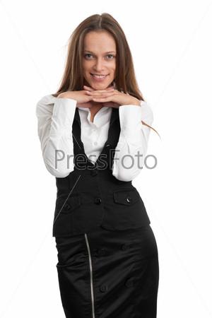 Красивая женщина с длинными каштановыми волосами