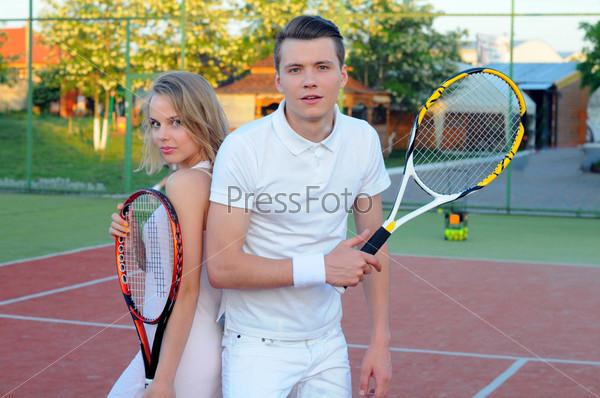 Фотография на тему Игра в теннис