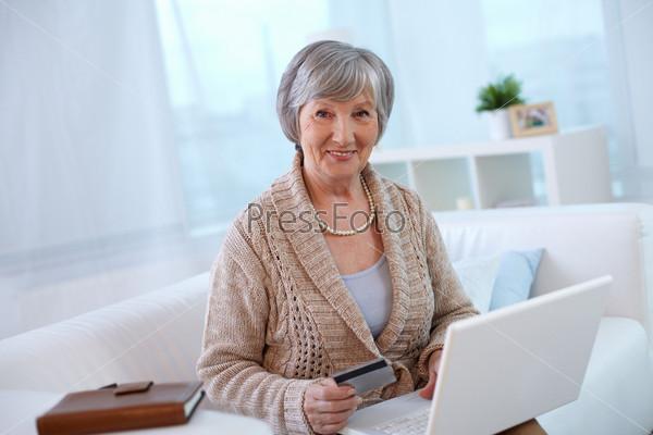 Фотография на тему Пожилая женщина