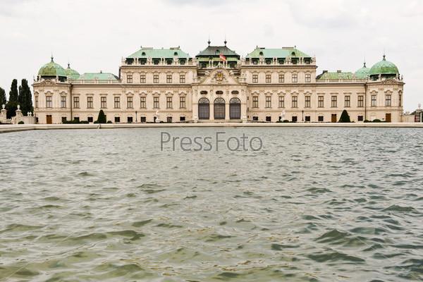 Фотография на тему Дворец Бельведер в Вене, Австрия