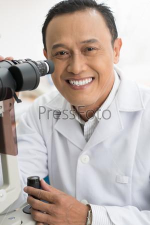 Эксперт в оптике