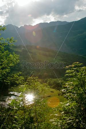 Фотография на тему Прованс. Летние холмы и горы