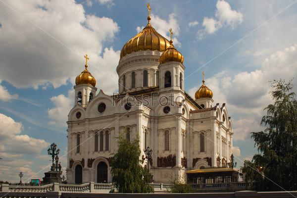 Фотография на тему Храм Христа Спасителя в Москве