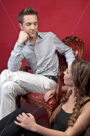 Фотография на тему Мужчина и его молодая красивая жена