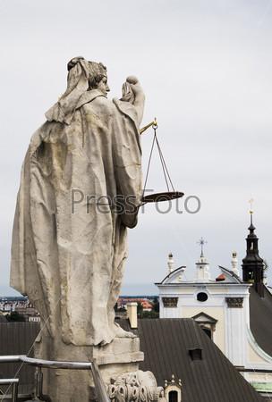 Символ факультета права