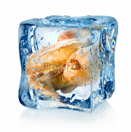 Жареный цыпленок в кубике льда
