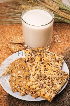 Фотография на тему Печенье с семенами подсолнечника, льна и кунжутом