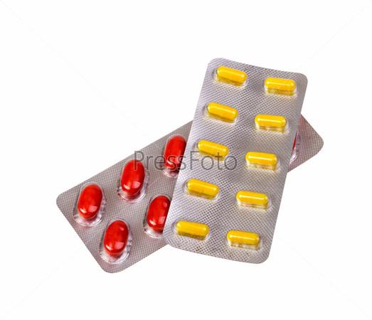 Таблетки и капсулы, упакованные в блистеры