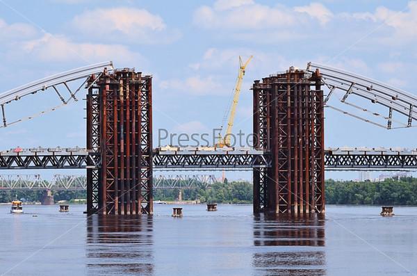 Строительство моста через Днепр, Киев, Украина
