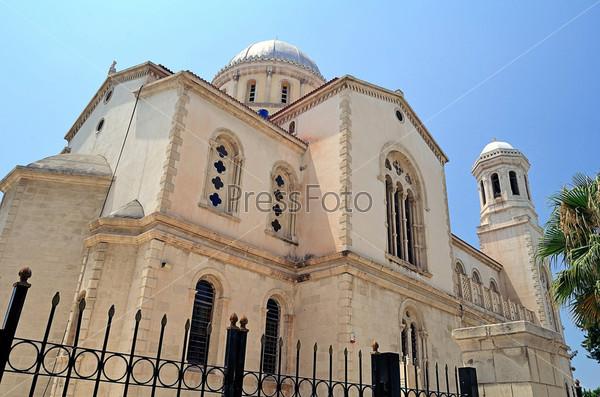 Фотография на тему Историческая старая городская церковь, Лимассол, Кипр
