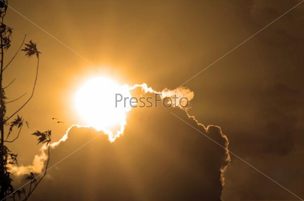 Большое солнце на небе