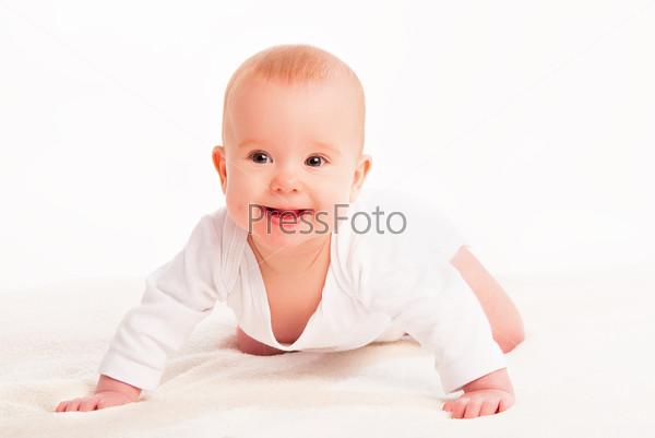 Фотография на тему Счастливый милый ребенок на белом фоне