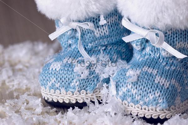 Ботинки на снегу