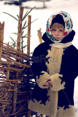 Девочка в древнерусском костюме