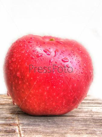 Фотография на тему Спелое красное яблоко