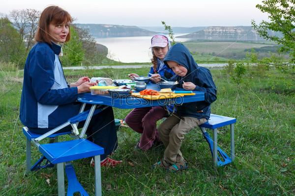 Семья, Бакота, Украина