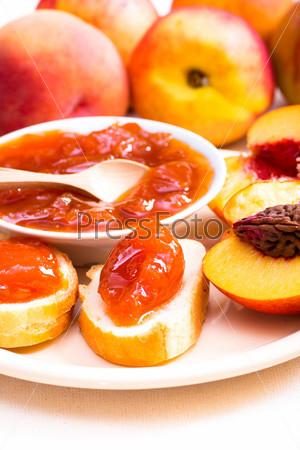 Фотография на тему Варенье из персиков