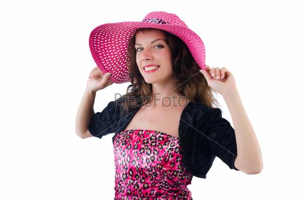 Женщина в панаме готова для летнего отдыха