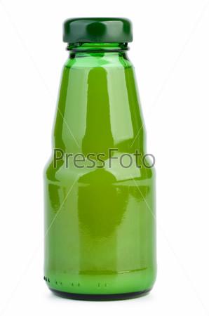Бутылочка с лаймовым соком. Белый фон