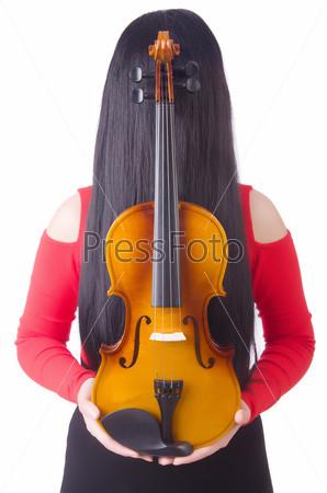 Молодая девушка со скрипкой на белом фоне