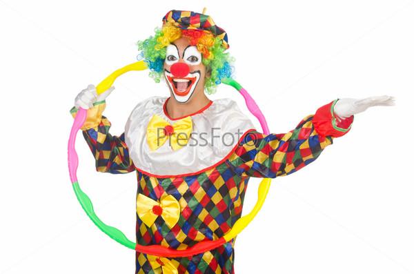Клоун с обручем, изолированный на белом фоне