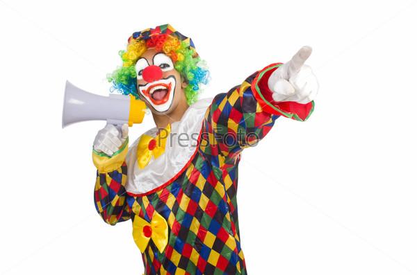 Клоун с мегафоном на белом фоне