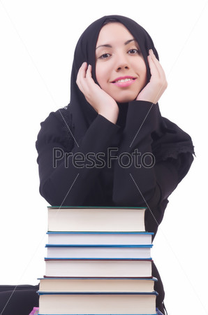 Фотография на тему Молодая мусульманская студентка с книгами